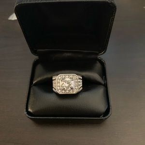 Other - Men's silver and diamond ring size 11